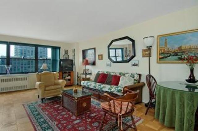 185 West End Avenue, Unit 16P Image #1