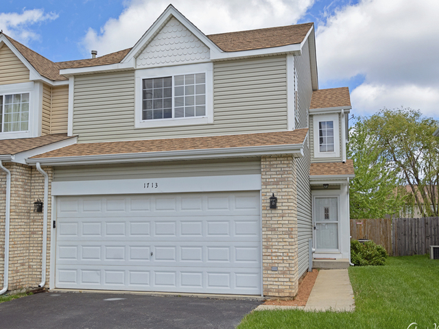 1713 North Ashley Lane Waukegan, IL 60085