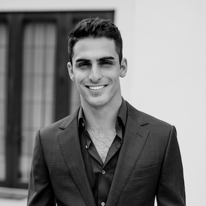 Zander Diamont,                       Agent in Los Angeles - Compass