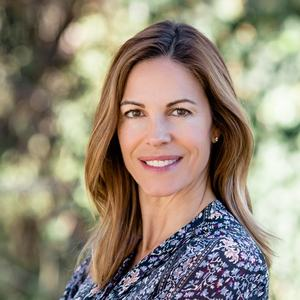 Lisa Pierce, Agent in Los Angeles - Compass