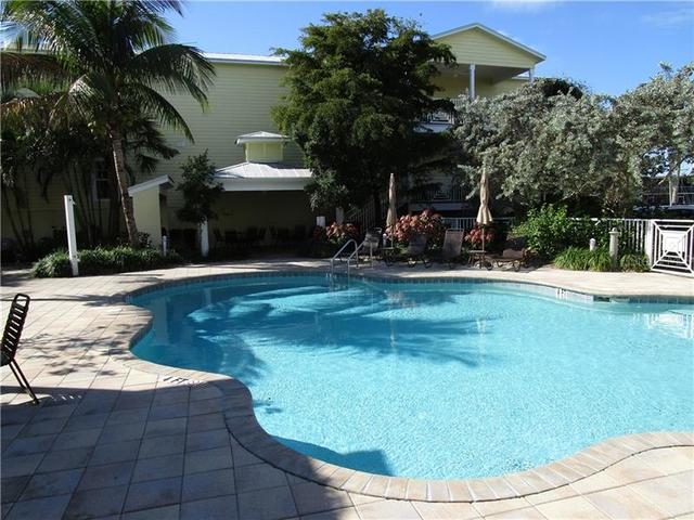 6732 Sarasea Circle, Unit 100C Sarasota, FL 34242