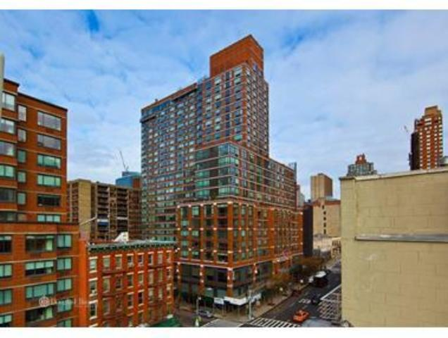 818 10th Avenue, Unit PHB Image #1