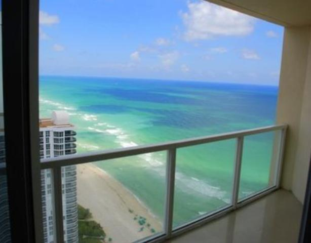 16699 Collins Avenue, Unit 3705 Image #1