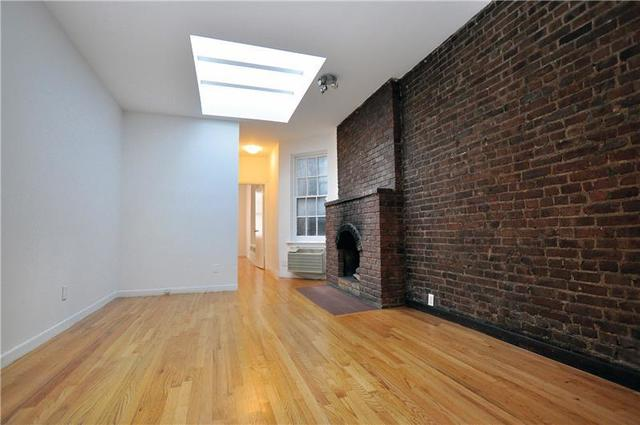 220 West 20th Street Image #1