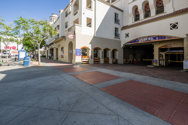 1001 Tiverton Avenue, Unit 2142 Los Angeles, CA 90024