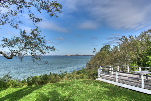 51 Clearview Drive Sag Harbor, NY 11963