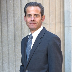 Lawrence Stogel, Agent in NYC - Compass