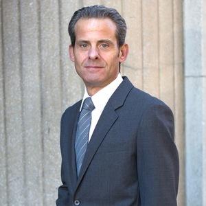 Lawrence Stogel