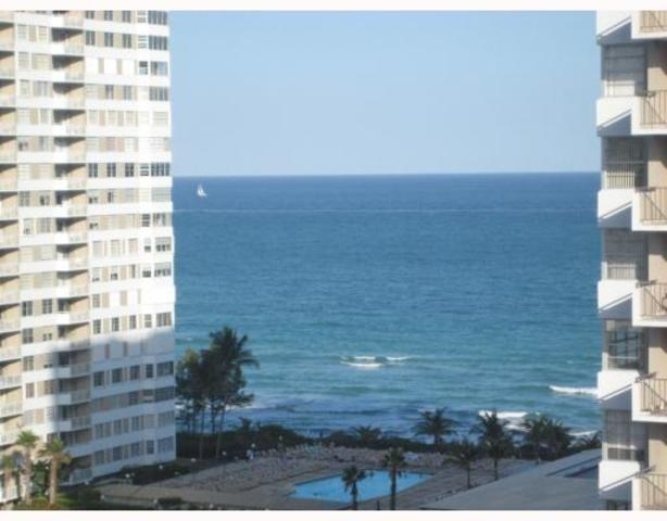 1985 South Ocean Drive, Unit 12Q Image #1