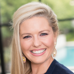 Kelli Macatee,                       Agent in Dallas-Fort Worth - Compass