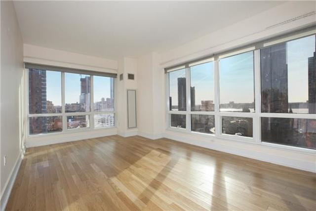 350 West 42nd Street, Unit 18L Image #1