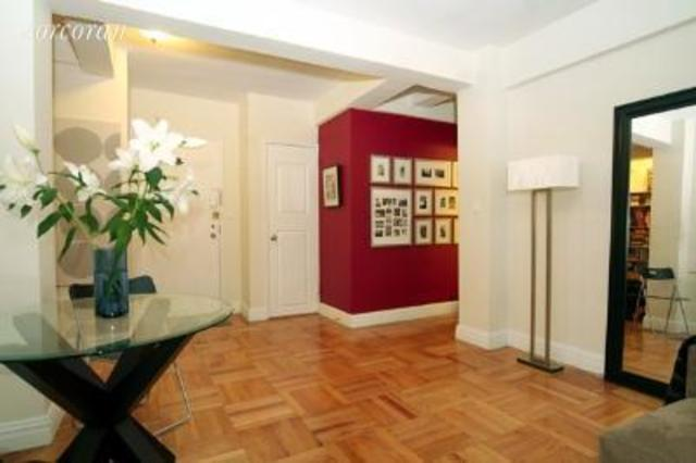 150 East 56th Street, Unit 11E Image #1