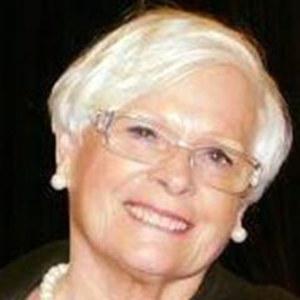 Joan LaMacchia,                     Agent in San Francisco - Compass