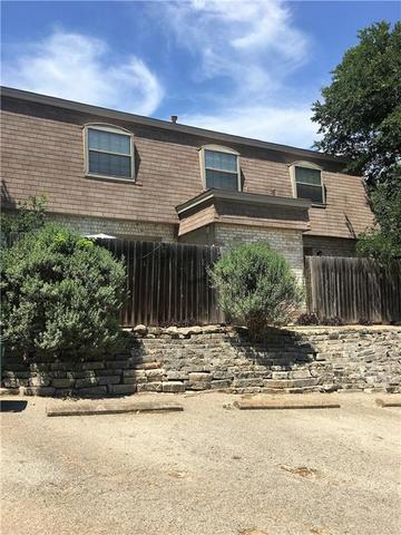 2800 Westhill Drive Austin, TX 78704