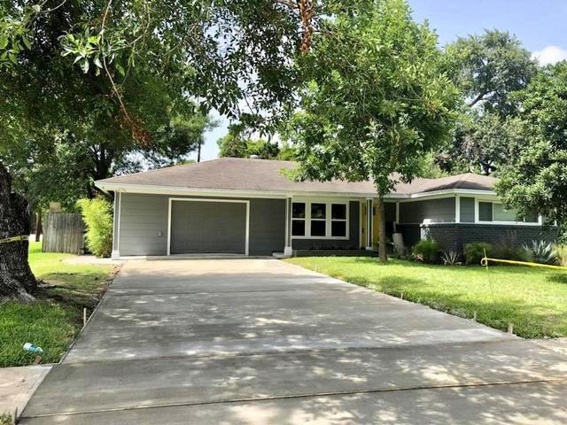 4626 Verone Street Bellaire, TX 77401