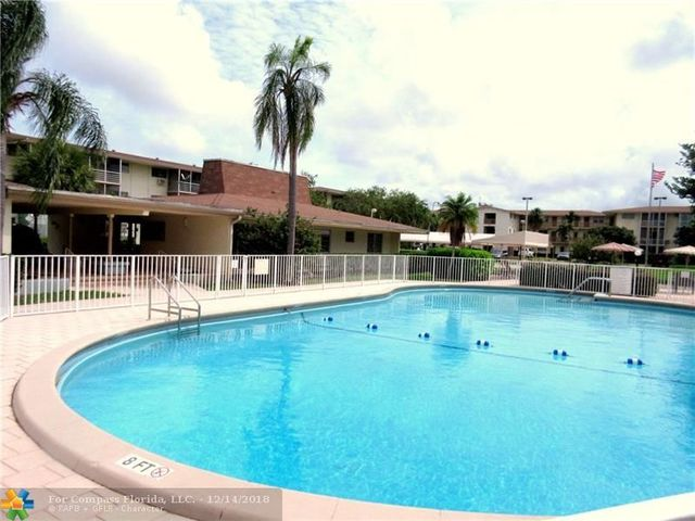 16790 Northeast 14th Avenue, Unit 210 North Miami Beach, FL 33162