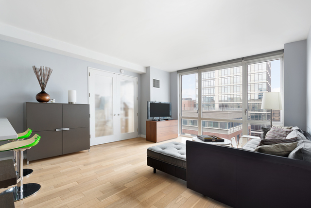 22 North 6th Street, Unit 8P Image #1