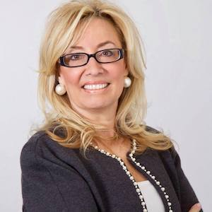 Lisa Gipe, Agent in Los Angeles & Orange County - Compass