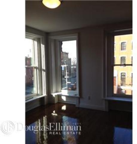 250 Dekalb Avenue, Unit 2 Image #1