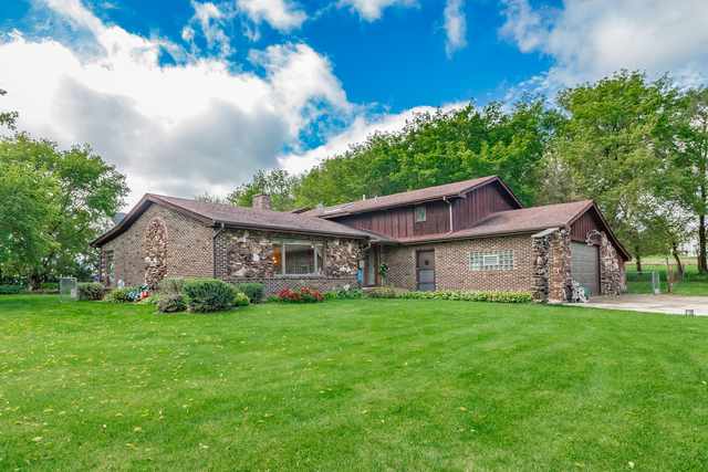 4545 Nunda Avenue Crystal Lake, IL 60014