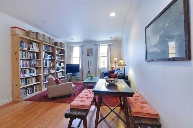 13 Irving Place, Unit 3B Brooklyn, NY 11238