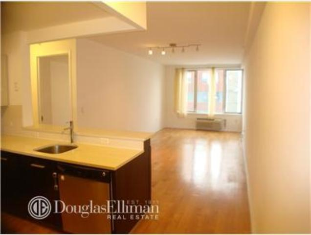 13-11 Jackson Avenue, Unit 6D Image #1