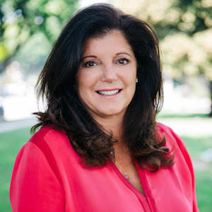 Julie Carruthers,                     Agent in Los Angeles - Compass