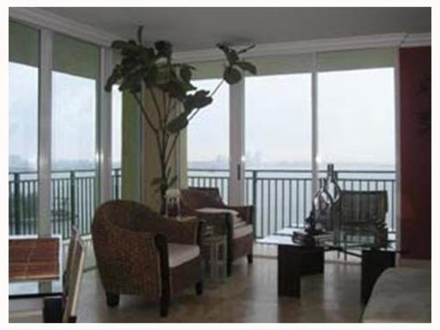 1155 Brickell Bay Drive, Unit 1810 Image #1