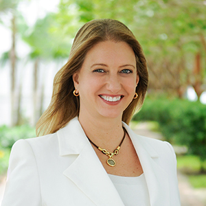 Mary Cunsolo, Agent in Miami - Compass