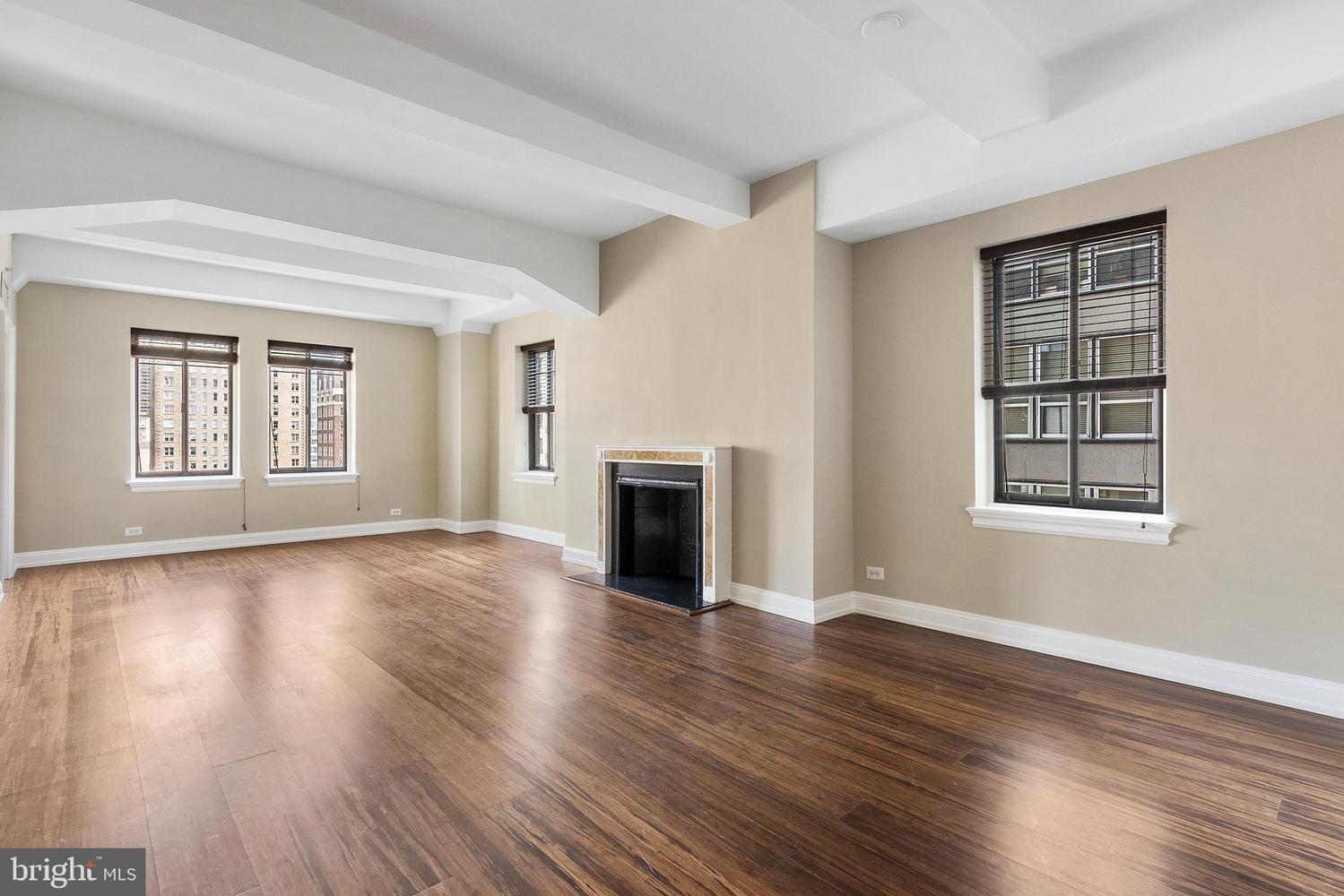 222 West Rittenhouse Square, Unit 1401 Philadelphia, PA 19103