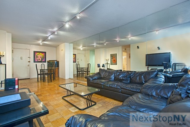 245 East 54th Street, Unit 7N Image #1