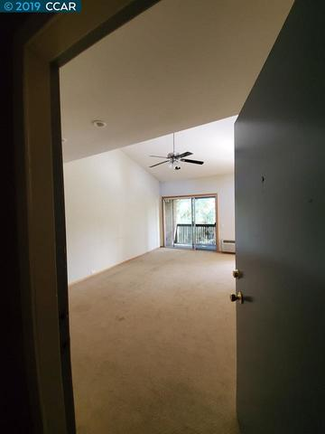 1246 Walker Avenue, Unit 301 Walnut Creek, CA 94596