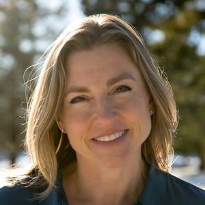 Karen Feldman,                       Agent in Chicago - Compass