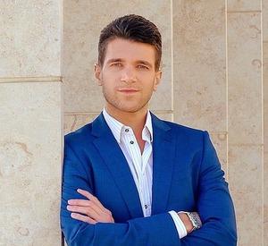 Yann Crenn, Agent in San Diego - Compass