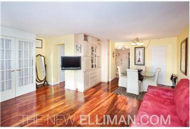 225 East 36th Street, Unit 18D Image #1