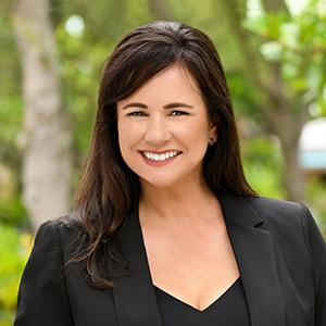 Carmen Donahue,                       Agent in Miami - Compass