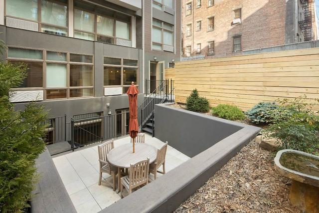 532 East 5th Street, Unit 1R Image #1