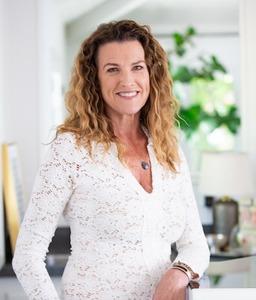 Kristy Christensen, Agent in Los Angeles - Compass
