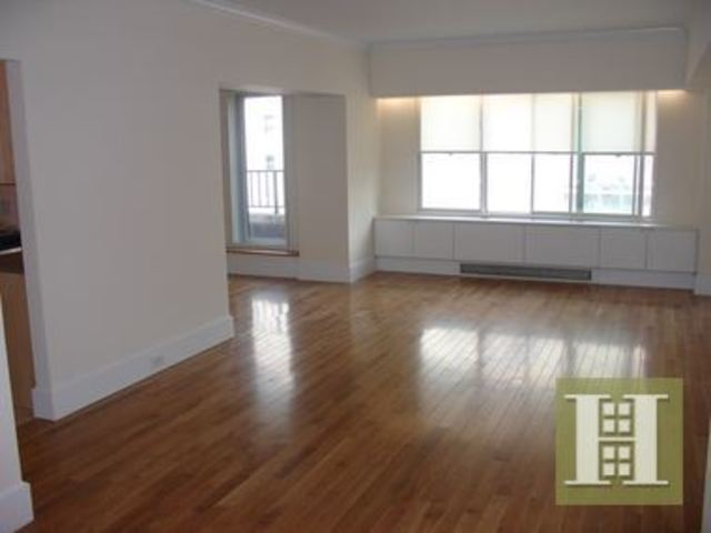 60 West 57th Street, Unit 17A Image #1