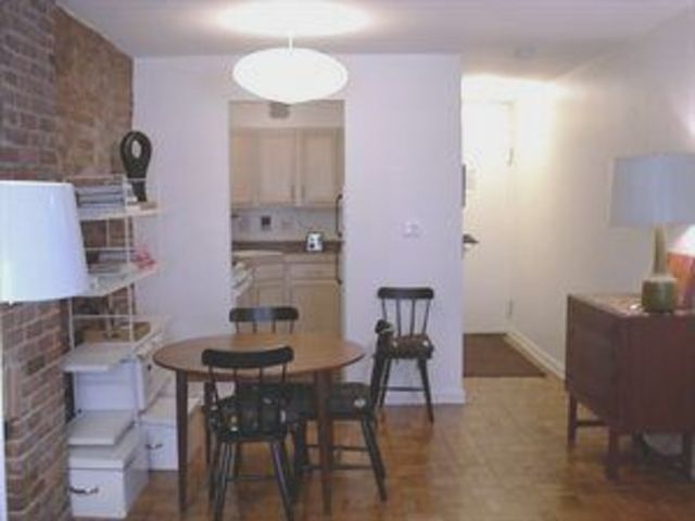 250 West 15th Street, Unit 1E Image #1