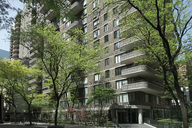 309 East 49th Street, Unit 6E Image #1