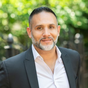 Jerry Chaparro,                       Agent in Chicago - Compass