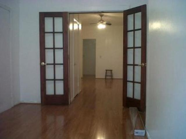 239 West 26th Street, Unit 3W Image #1