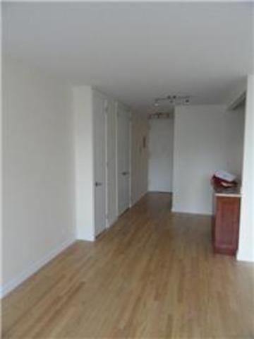 300 East 33rd Street, Unit 11E Image #1