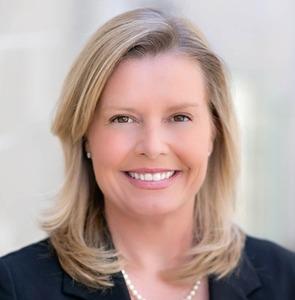 Caroline Dinsmore,                       Agent in San Francisco - Compass
