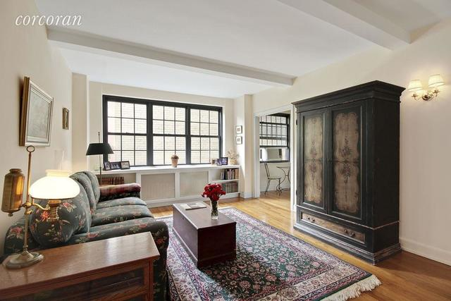 240 East 79th Street, Unit 4D Image #1