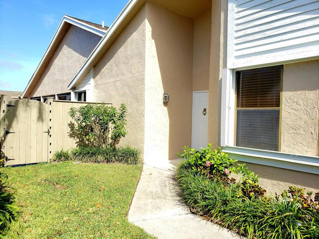 1120 Northwest 19th Terrace Delray Beach, FL 33445