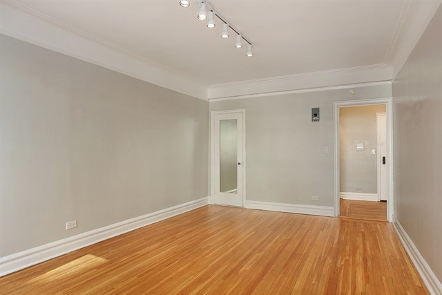220 West 24th Street, Unit 1N Image #1