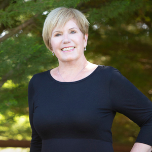 Ellen Murphy,                       Agent in Santa Barbara, Montecito, & Central Coast - Compass
