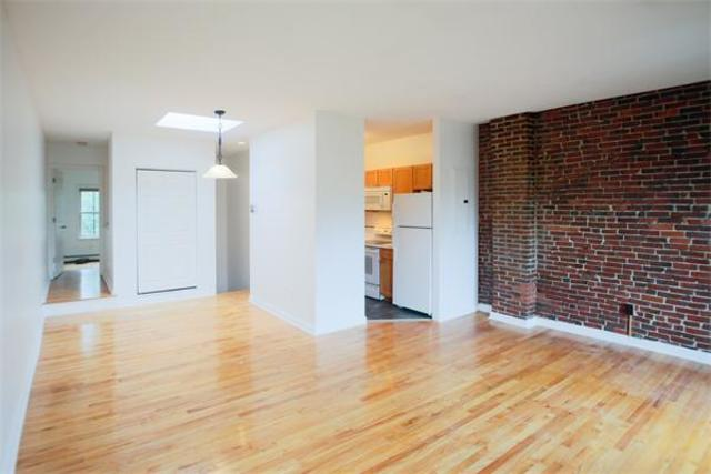 148 Warren Avenue, Unit 4 Image #1